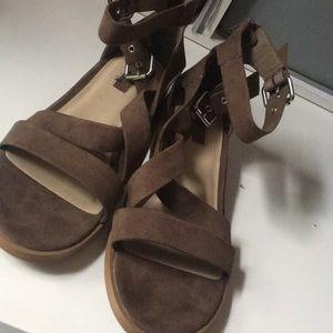 Faux brown velvet strap buckle heel Sandel